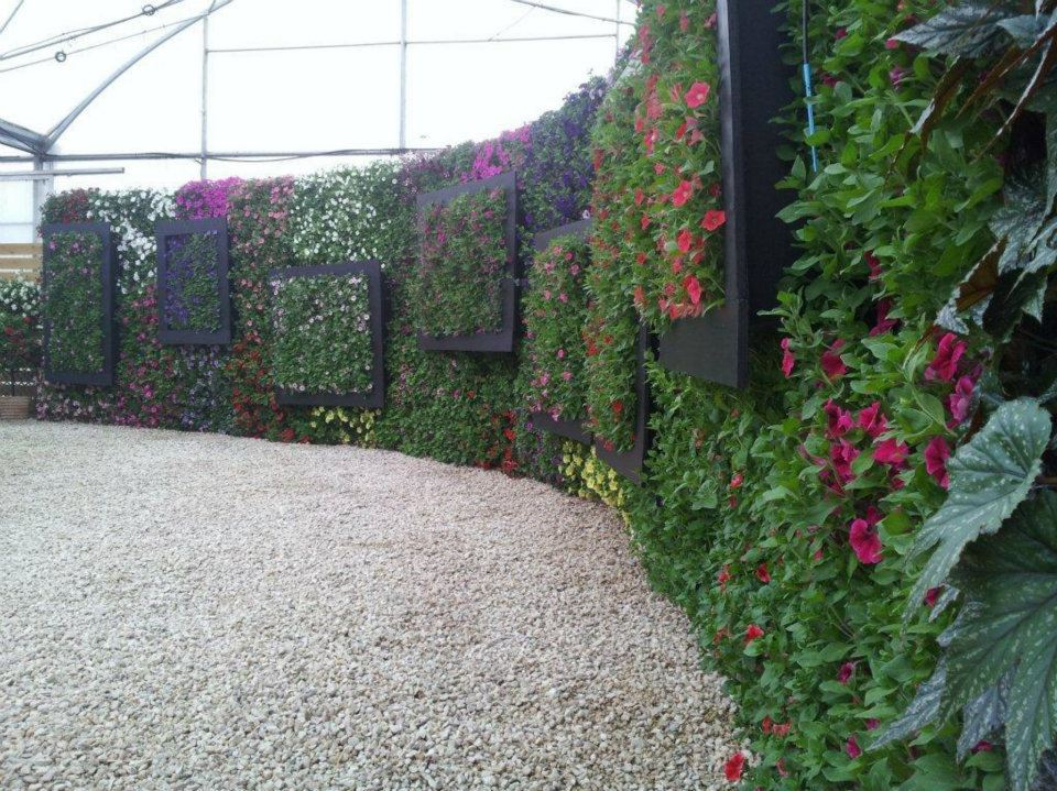 Jardines verticales y tejados verdes landshaft empresa for Riego jardin vertical