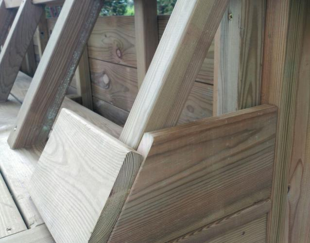 detalles tecnicos construcción tumbona de madera