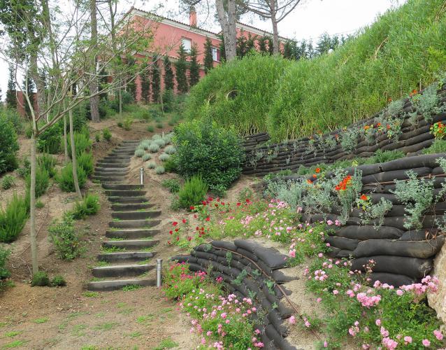 Muros jardin plantacin muros verdes para hotel en mallorca jardines colgantes bogota colombia - Muro jardin ...